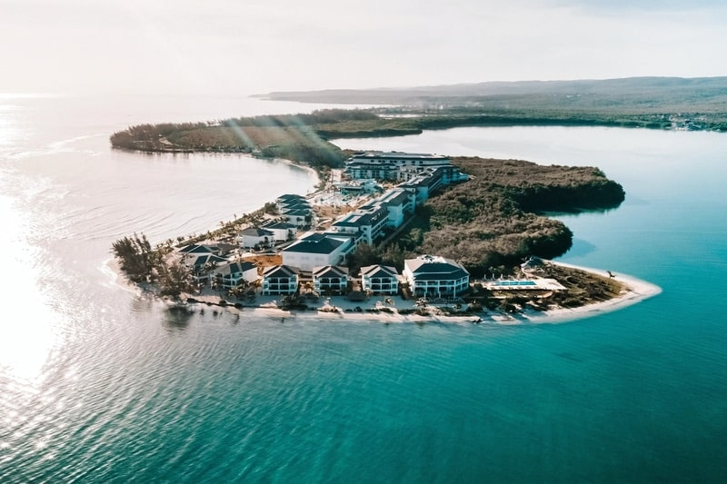 Falmouth Hotels